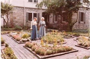 Garden tour of the Matthews House, 1970s. Courtesy of Pioneer & Historical Society of Muskingum County.